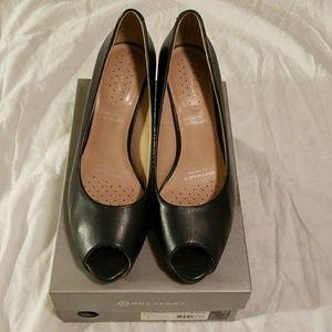 Rockport Navy Blue Peep Toe Heels Women's Size 10